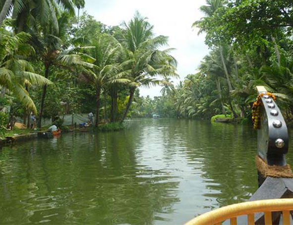 Voyage Backwaters Kerala